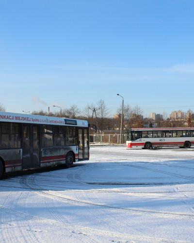 Gmina Psary otrzymała nowe autobusy