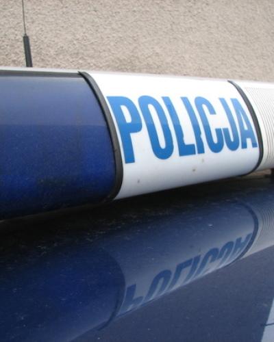 """""""Jak tylko zdejmiecie mundury… już nie macie życia""""-pijany mężczyzna znieważył policjantów"""